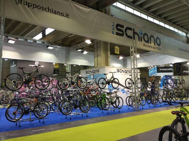 Fiere biciclette: lo stand di Gruppo Schiano nel corso di Cosmobike 2017